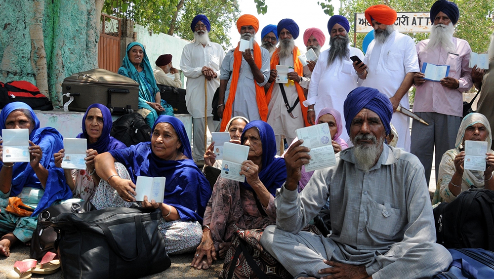 सिख तीर्थयात्रियों को वीजा नहीं देने से पाकिस्तान पर भड़का विदेश मंत्रालय, जल्द से जल्द वीजा जारी करने के लिए कहा