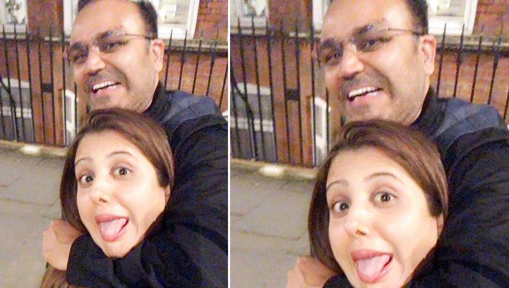 टीम इंडिया विरोधी टीम के साथ जो करती है वह वीरेन्द्र सहवाग ने अपनी पत्नी आरती के साथ किया, देखें तस्वीर