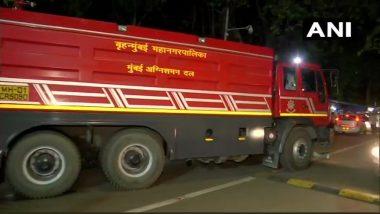 मुंबई में नौसेना के निर्माणाधीन युद्धपोत में लगी भीषण आग,1 मजदूर की दम घुटने से मौत
