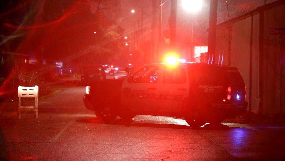 अमेरिका : क्लब के बाहर हुई गोलीबारी की 2 घटनाओं में 1 की मौत 2 घायल
