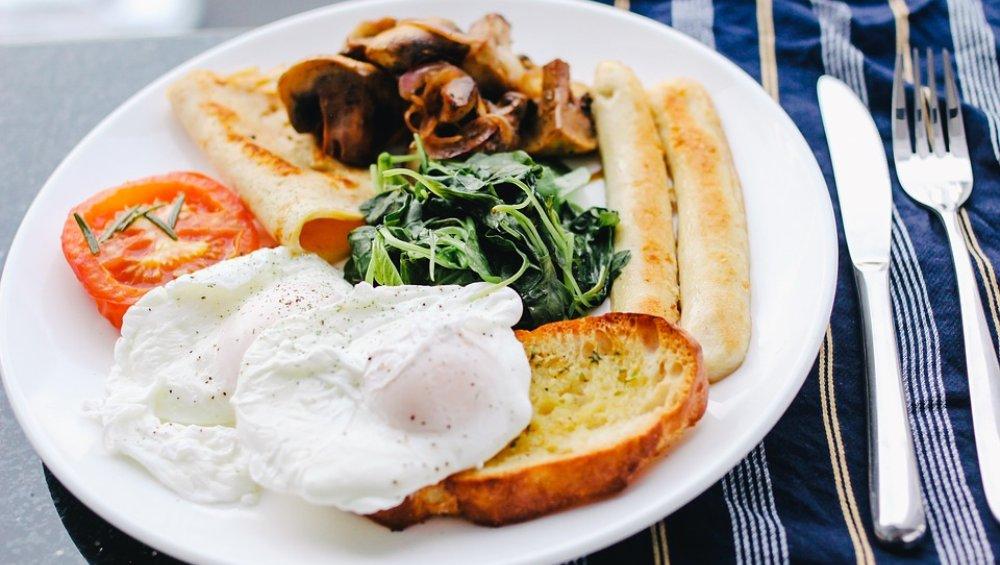 सुबह के वक्त हर हाल में नाश्ता करें डायबिटीज के मरीज, जानिए कैसा होना चाहिए उनका ब्रेकफास्ट