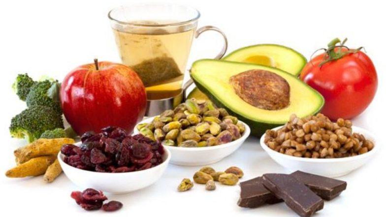 बॉडी में आयरन की कमी कई परेशानियों की बन सकती है बड़ी वजह, आज ही अपने आहार में शामिल करें ये सुपरफूड्स