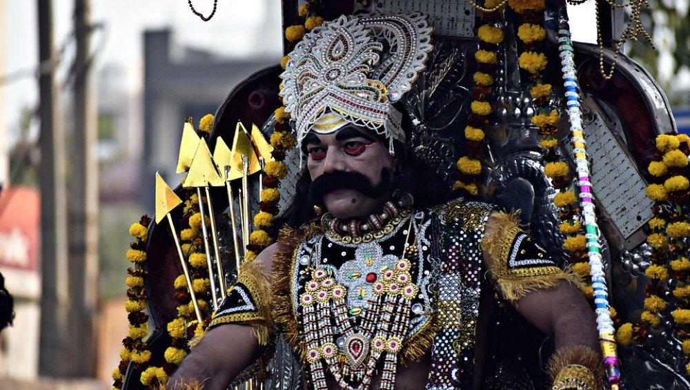 अहंकारी रावण को इन 5 लोगों ने दिया था श्राप, जिसके कारण श्रीराम के हाथों हुआ उसका सर्वनाश