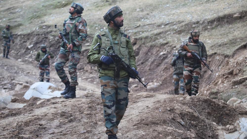 जम्मू-कश्मीरः पाकिस्तान ने फिर किया सीजफायर का उल्लंघन, गोलीबारी में BSF का एक जवान घायल