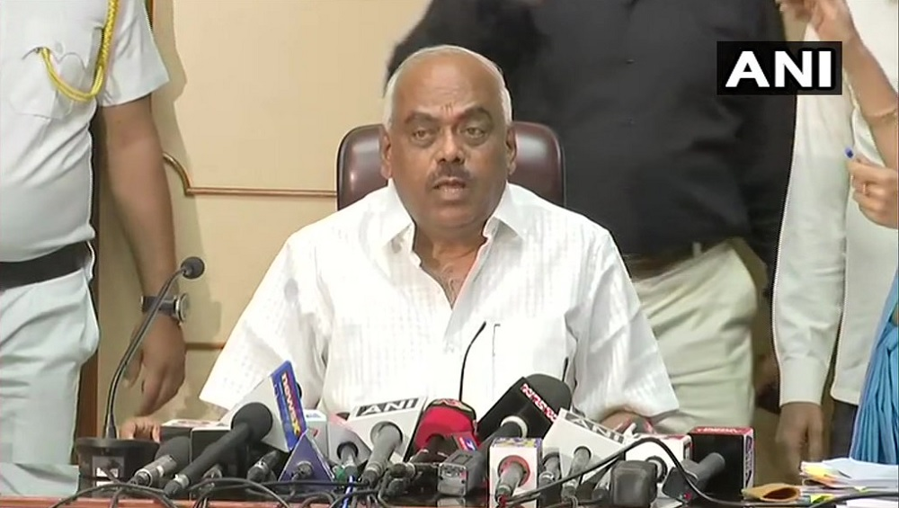 कर्नाटक संकट पर बोले स्पीकर रमेश कुमार- मेरा काम किसी को बचाना नहीं, सुप्रीम कोर्ट को सौंपेंगे रिकॉर्डिंग