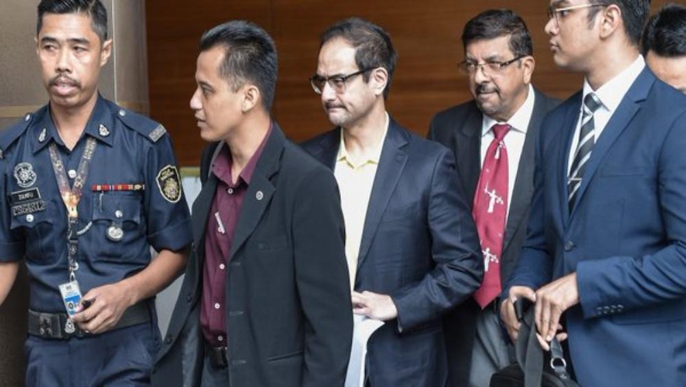 'द वुल्फ ऑफ वॉल स्ट्रीट' हॉलीवुड के फिल्म निर्माता रिजा अजीज पर लगा मलेशिया में धन शोधन करने का आरोप