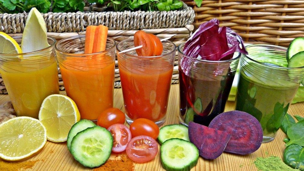 पानी पीने के अलावा इन 5 तरह के ड्रिंक्स से करें अपने दिन की शुरुआत, दिनभर रहेंगे एनर्जी से भरपूर