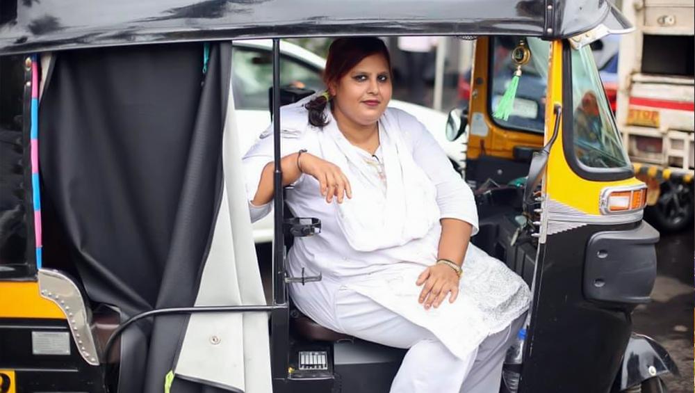 मुंबई: इस दबंग लेडी रिक्शा ड्राइवर की कहानी सुनकर नहीं रोक पाएंगे अपने आंसू, ह्यूमन ऑफ बॉम्बे अकाउंट से पोस्ट की गई महिला की दर्दभरी कहानी
