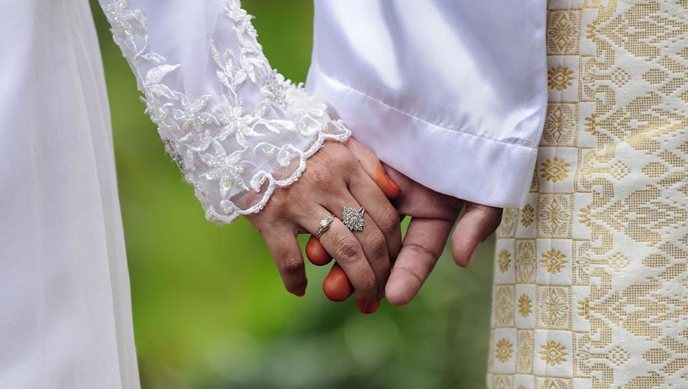 पाकिस्तानी मर्दों को दूसरी शादी करने से पहले बीवी की लेनी पड़ेगी इजाजत