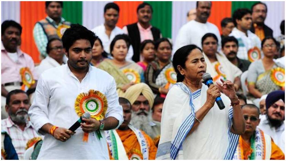 फर्जी डिग्री मामला: ममता बनर्जी के भतीजे अभिषेक बनर्जी को कोर्ट ने भेजा समन, 25 जुलाई को पेश होने को कहा