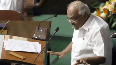 कर्नाटक: विधानसभा स्पीकर ने अभी तक स्वीकार नहीं किए इस्तीफे, 3 विधायकों को किया अयोग्य घोषित, अब चुनाव आयोग करेगा आखिरी फैसला