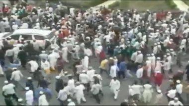 सूरत: मॉब लिंचिंग के खिलाफ प्रदर्शन में पथराव, पुलिस ने की फायरिंग
