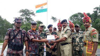 73rd Independence Day 2019: BSF ने सीमा पर बांग्लादेश के जवानों के साथ मनाया आजादी का जश्न, बांटी मिठाइयां