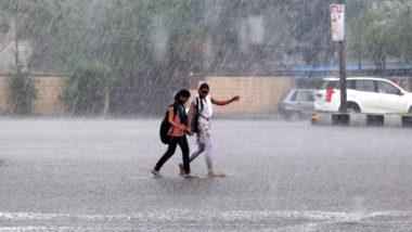 उत्तर प्रदेश में बादलों की आवाजाही के बीच पड़ेंगी बौछारें, मौसम विभाग ने हल्की बारिश का लगाया अनुमान