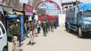 कश्मीर से धारा 370 खत्म करने के बाद एक्शन में मोदी सरकार, 24 खूंखार कैदियों को लखनऊ जेल में किया शिफ्ट