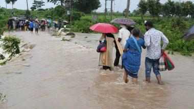 बारिश और बाढ़ से बेहाल हुआ देश, कर्नाटक में अबतक 40 लोगों की मौत- 14 लापता, बचाव कार्य जारी