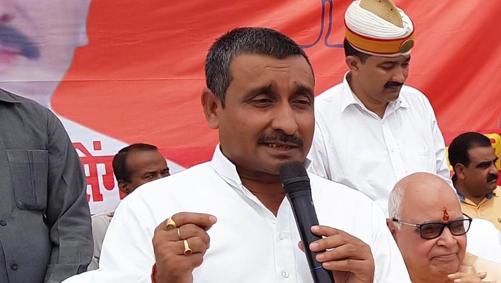 उन्नाव रेप केस: आरोपी MLA कुलदीप सिंह सेंगर के खिलाफ दिल्ली के तीस हजारी कोर्ट ने जारी किया प्रोडक्शन वारंट, 5 अगस्त को पेश होने को कहा