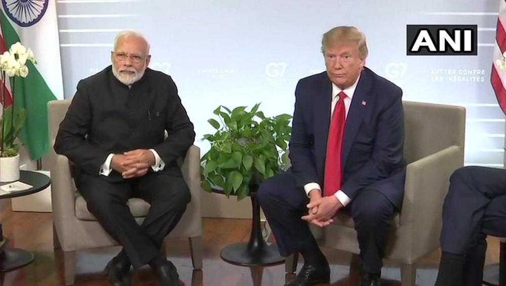 डोनाल्ड ट्रंप ने पीएम मोदी को बताया भारत का पिता, अमेरिकी पॉप स्टार Elvis Presley से की तुलना