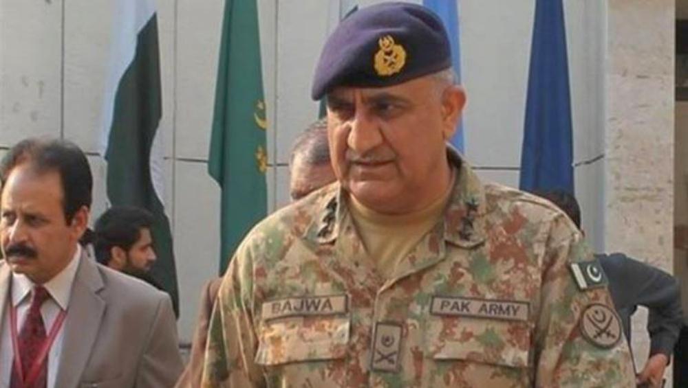 पाकिस्तान के सेना प्रमुख जनरल कमर जावेद बाजवा कश्मीर के हालात पर चर्चा के लिए सैन्य कमांडरों की बुलाई बैठक