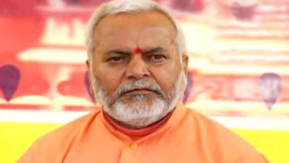 यूपी: स्वामी चिन्मयानंद प्रकरण में वायरल हुआ वीडियो, 5 करोड़ की रंगदारी मांगने से जुड़ा होने का दावा