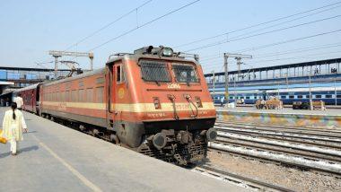 ओखला रेलवे स्टेशन पर तकनीकी खराबी के कारण 15 ट्रेनें लेट, आधे घंटे फिर चालू शुरू हुआ डाउन लाइन का परिचालन