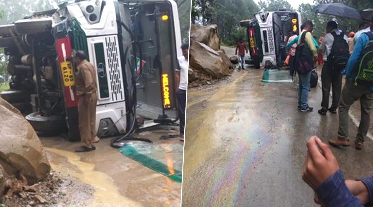 हिमाचल प्रदेश: राष्ट्रीय राजमार्ग मार्ग पर बस पलटने से तीन लोग हुए घायल, 20 लोग बाल-बाल बचे