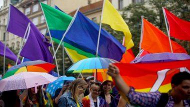 लंदन के शोहो स्क्वायर में पहली बार निकली समलैंगिक रैली, सैकड़ों लोगों का मिला समर्थन
