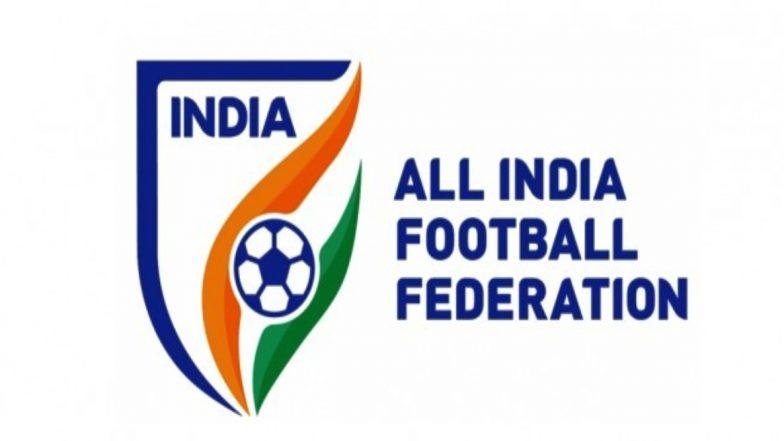 अखिल भारतीय फुटबॉल महासंघ ने अपमानजनक ट्वीट करने के मामले में राजीव बजाज को सोशल मीडिया पर लगाई फटकार