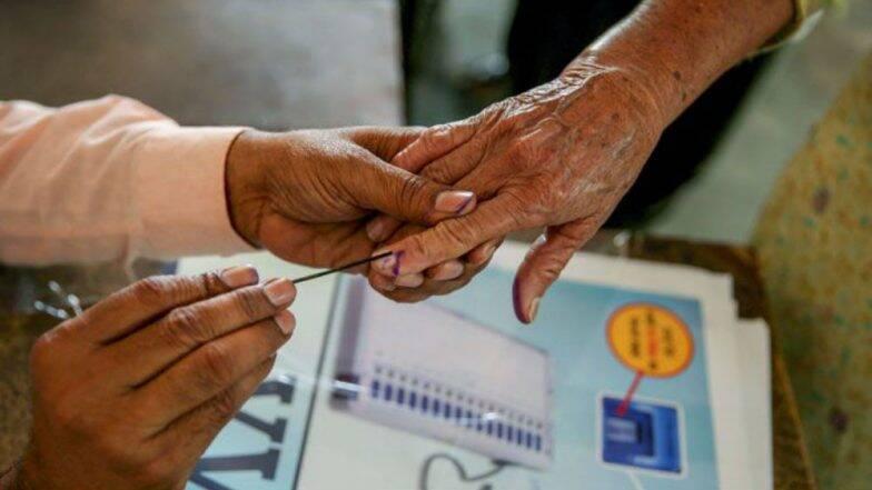 महाराष्ट्र विधानसभा चुनाव 2019: निर्वाचन आयोग की समीक्षा बैठक के बाद 19 या 20 सितंबर को हो सकता है तारीखों का ऐलान