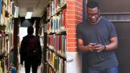 ई-रीडर्स की धूम के बीच भी कम नहीं हुई है किताबों की महक, कागज का खुरदरापन और स्याही की महक के पीछे आज भी खींचे चले आते है लोग