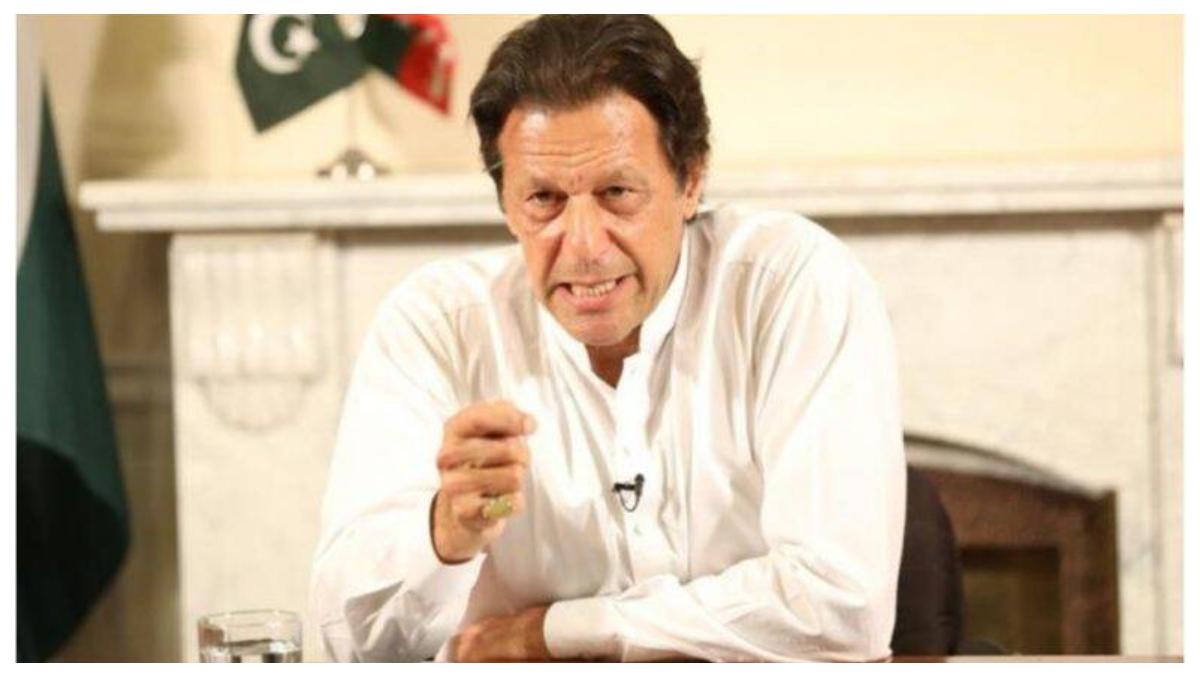 पूर्व प्रधानमंत्री नवाज शरीफ और मरियम नवाज को अस्पताल में साथ रखने को लेकर पाक पीएम इमरान खान ने दिए निर्देश