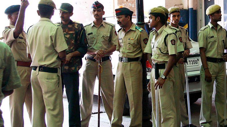 राजस्थान: अलवर के बहरोड़ थाने में बदमाशो ने AK-47 से की ताबड़तोड़ फायरिंग, अपराधी को लेकर हुए फरार