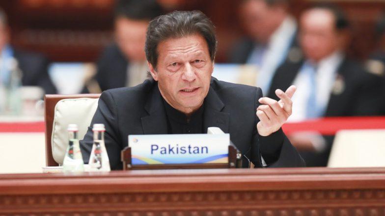 पाकिस्तान के प्रधानमंत्री इमरान खान कैबिनेट में फेरबदल को लेकर फिर से कर रहे हैं विचार