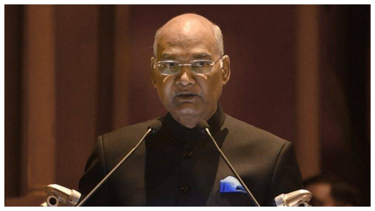 राष्ट्रपति रामनाथ कोविंद ने महेंद्र सिंह धोनी की तारीफ, कहा-रांची को क्रिकेट की दुनिया में बनाया प्रसिद्ध