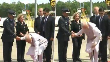 ह्यूस्टन में प्रधानमंत्री मोदी की सादगी और सहजता ने जीता दिल, स्वागत में दिया फूल गिरा तो पीएम ने खुद उठाया- देखें VIDEO
