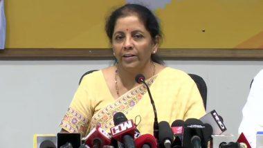 हंगामा कर रहे PMC बैंक के खाताधारकों से मिलने के बाद बोलीं वित्त मंत्री निर्मला सीतारमण- इससे सरकार का कोई लेना-देना नहीं