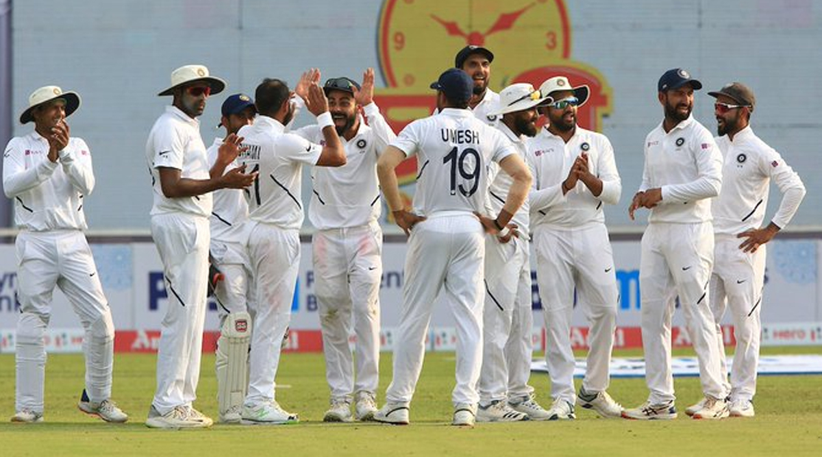 IND vs SA 3rd Test Match 2019: भारतीय टीम के कारनामे को देख दिग्गज खिलाड़ी भी हुए मुरीद, ट्विटर पर विराट सेना के शान में पढ़े कसीदे