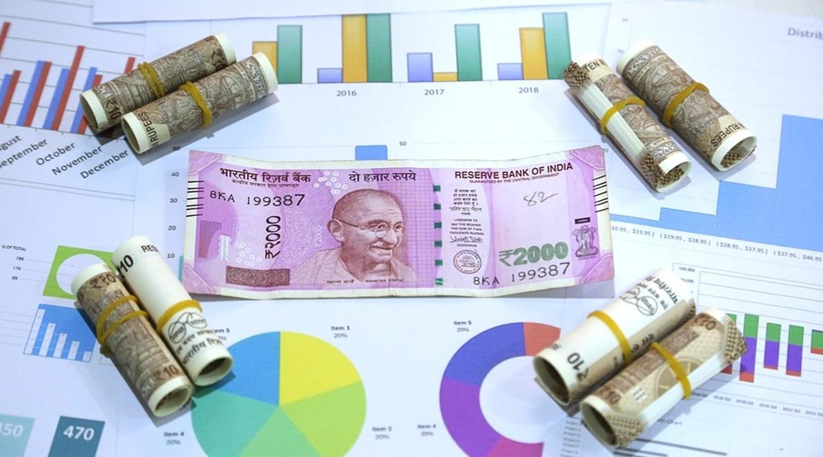 7th Pay Commission: दिवाली बाद सरकारी कर्मचारियों को मिल सकता है ये बड़ा तोहफा, मोदी सरकार कर रही है विचार