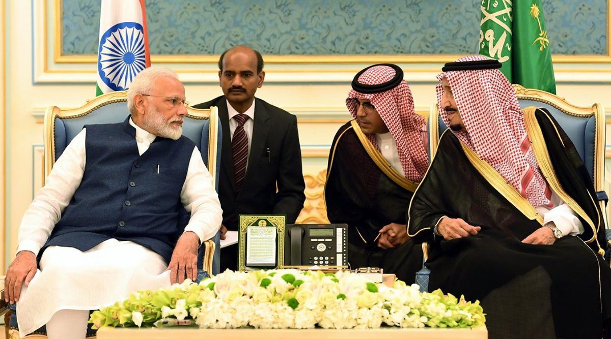 पीएम मोदी की सऊदी यात्रा का सार: इमरान खान को किया चारों खाने चित, इस्लामिक कार्ड भी हुआ फेल
