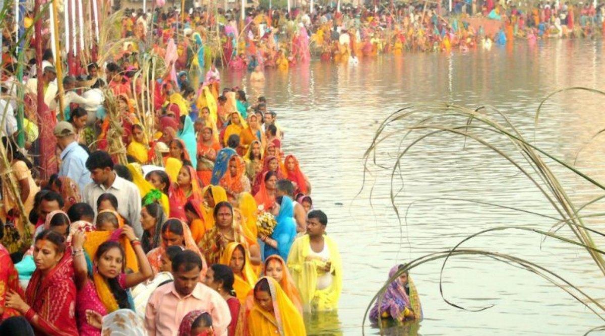 Chhath Puja 2019: चार दिवसीय छठ महापर्व की तैयारियों में जुटे श्रद्धालु, प्रशासन ने भी कसी कमर