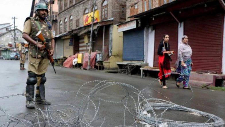 जम्मू-कश्मीर: सोमवार से मोबाइल पोस्टपेड सेवाएं होंगी बहाल, अनुच्छेद 370 हटने के बाद दो महीने से अधिक वक्त से है बंद