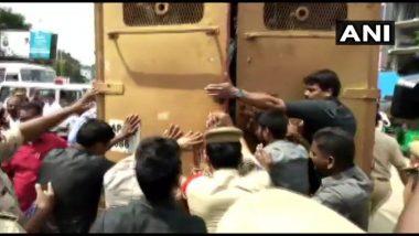 तेलंगाना: खुद को आग लगाने वाले TSRTC के चालक की मौत, विपक्षी दलों ने शुरू किया विरोध प्रदर्शन