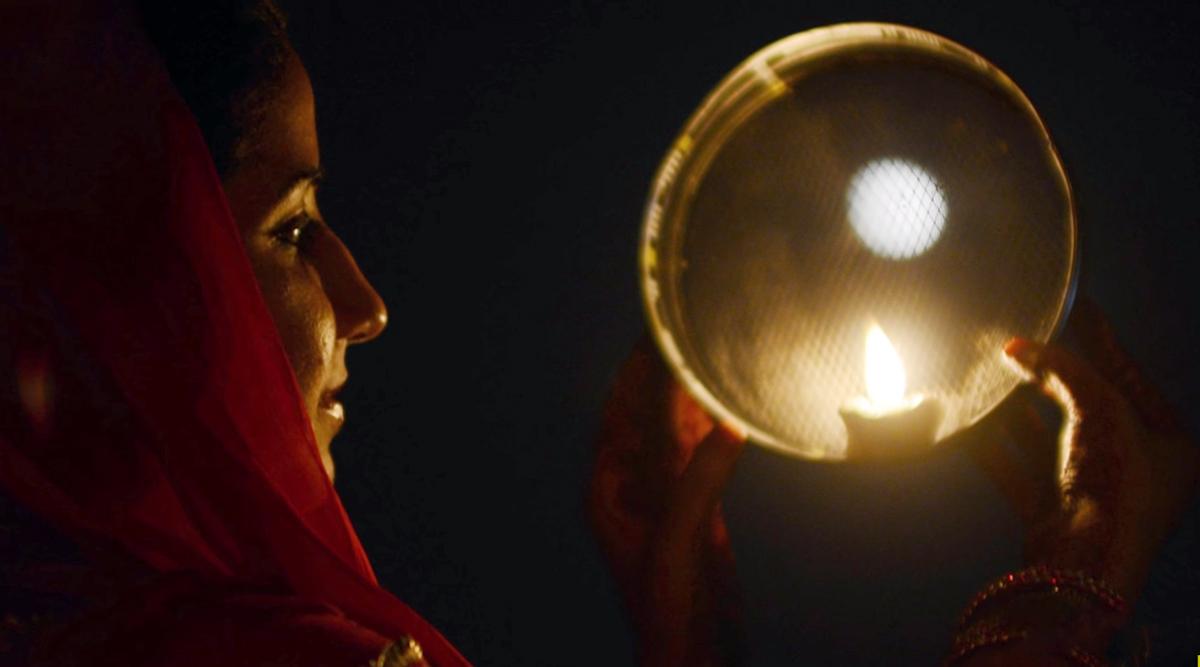 Karva Chauth 2019: पति के दीर्घायु के लिए सुहागिनें रखती हैं करवा चौथ का व्रत! जानें इसका महत्व, पूजा विधि, कथा एवं चंद्रमा निकलने का मुहूर्त!