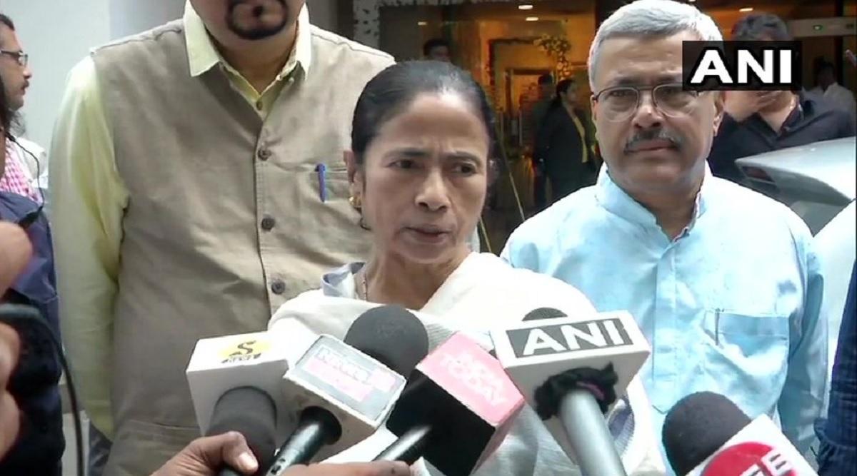 पश्चिम बंगाल के गवर्नर जगदीप धनखड़ ने ममता बनर्जी पर लगाया इल्जाम, कहा- CM ने मुझे कहा तू चीज बड़ी है मस्त-मस्त