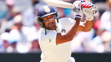 IND vs SA 1st Test Match 2019: मयंक अग्रवाल ने जड़ा अपने क्रिकेट करियर का पहला डबल सेंचुरी, देखें स्कोर