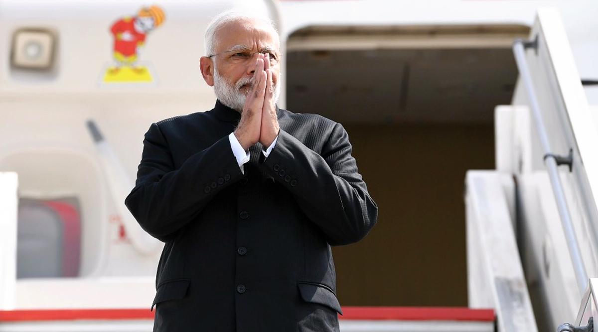 पाकिस्तान ने फिर दिखाई अकड़, पीएम मोदी के विमान को अपने एयरस्पेस से गुजरने की अनुमति देने से इनकार किया