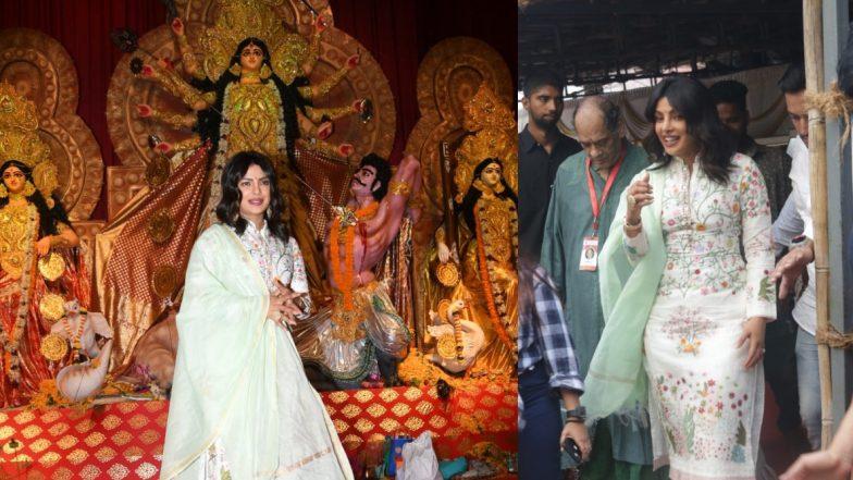 फिल्म द स्काई इज पिंक का प्रमोशन कर रही प्रियंका चोपड़ा पहुंची मां दुर्गा के दर पर, कामयाबी की मांगी दुआ