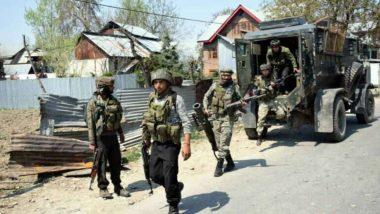 जम्मू और कश्मीर: त्राल में मुठभेड़ के दौरान सुरक्षाबलों ने तीन आतंकियों किया ढेर, सर्च ऑपरेशन जारी