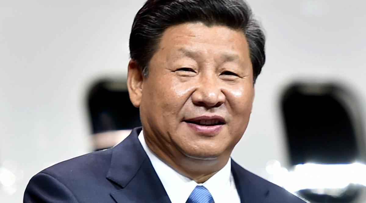 चीनी समक्षक शी चिनफिंग और ग्रीस के प्रधानमंत्री क्यारिकोस मित्सोतकिस ने पीरियस पोर्ट परियोजना का किया दौरा
