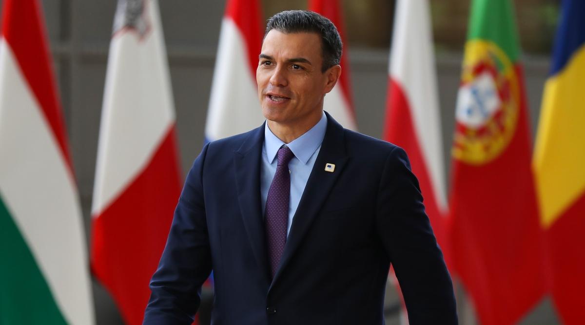 स्पेनिश प्रधानमंत्री प्रेडो सांचेज ने कैटालोनिया के प्रदर्शनकारियों को कानून तोड़ने के खिलाफ चेताया